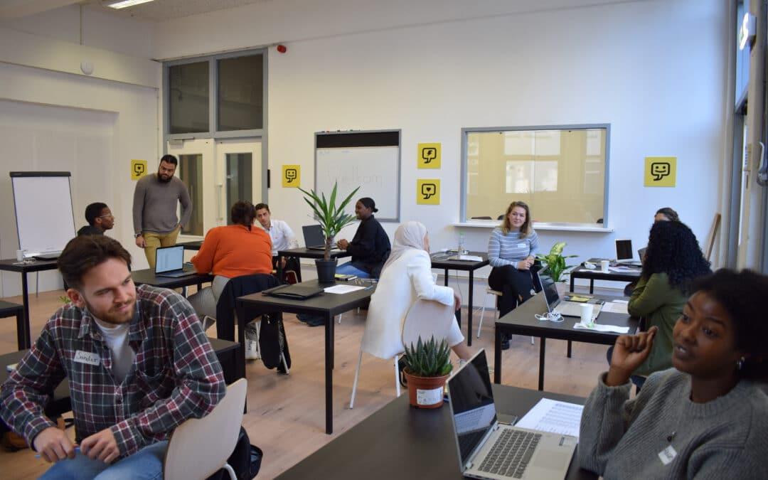 Rotterdamse jongeren opgeleid tot digital marketeer